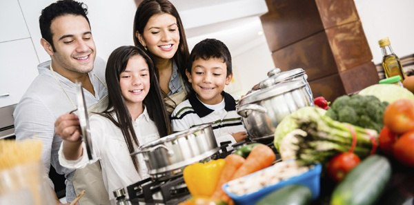 Celebrate_Family_With_cooking