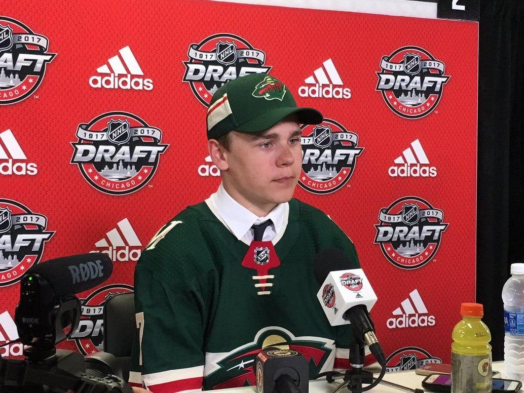 PA_Virtual_Grad_Lodnia_Drafted_to_NHL